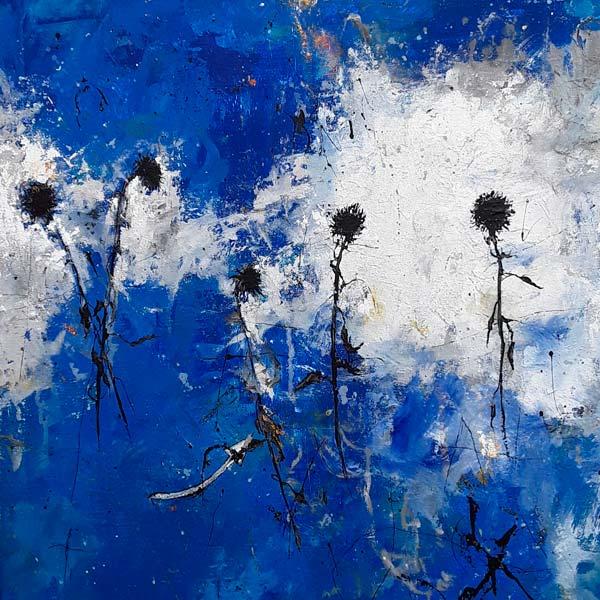 peinture de fleurs sur fond bleu