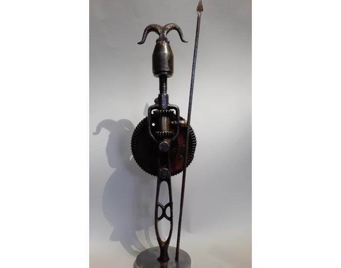 sculpture en métal de joël mérienne, guerrier