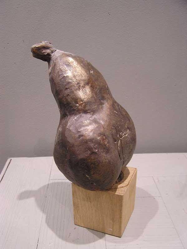 envie de poire, sculpture en résine